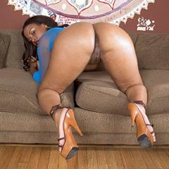 Kandi Kream bootyliciousmag xfreehosting from behind big booty vibrator shaved spread myslut black