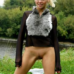 outdoor jjsoft teen babe toti outside