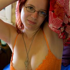 Abby Winters aussieamateurgirls abbywinters redhead amateur closeup glasses shaved