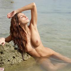 Ivette Blanche mindfvck outdoor trimmed shaved water beach sand babe