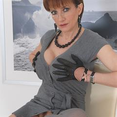 Lady Sonia my eyes hypnotise short hair long socks ladysonia exquisite gloveplay big tits glasses gloves