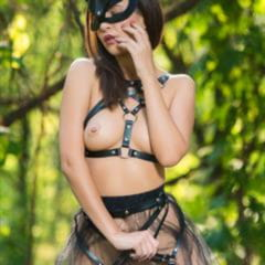 Zelda B girlsofdesire good kitty MPLstudios bad brunette outdoor straps mask