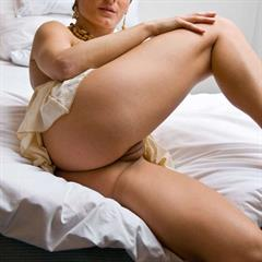 plump pussy short hair lsgmodels thumbpal blonde solo LSG bed