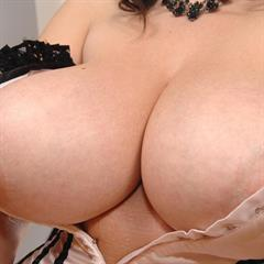 Michelle Bond glass dildo huge tits stockings imagefap brunette big corseted trimmed chubby