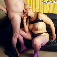 Daniella English english-milf EnglishMilf British mature chubby kneden slut UK