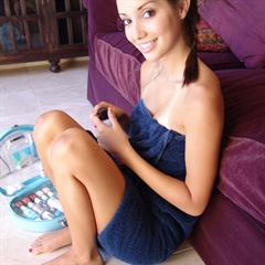 chloe18 shaved braces teen feet