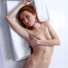 small tits averotica redhead trimmed shaved erohd Kesy pale Hgbb