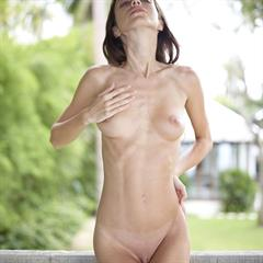 Malvina Elle D outie belly button natural toes stripdir anorexic brunette skinny shaved labia
