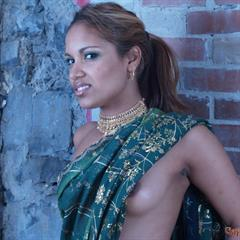 Gaya Patal 3x-sites indian bricks babe