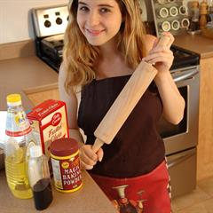rolling pin Little Val insertion kitchen cooking baking apron solo food cake