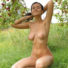 Sanita raven haired coin slot imagefap hairy 704515355