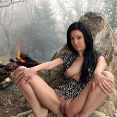 Karen Rubin Helen H outie belly button natural toes large labia plump pussy black hair fireplace campfire met-art