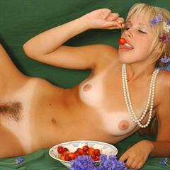 Elle innocent-beauty galitsin-news tanlines necklace galitsin cherries cherry blonde hairy