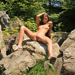 Emilia Sky golden natural toes small tits eroberlin long hair brunette outdoor osyter shaved
