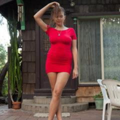 Marina Visconti canicallumommy Laekaiquohhciv primecurves red dress minidress big tits brunette outdoor curves