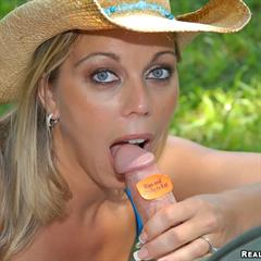 Amber Lynn Bach french manicure MILF and young realitykings wedding ring nails frenchnails milfhunter peniscult