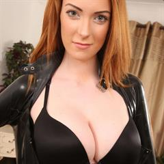 Alice Brookes erocurves amateur redhead latex solo
