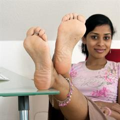 foot fetish black toes computer girlscv nonnude toering indian anklet soles feet