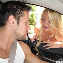 Jessie Andrews legal-debutants humilated hardcore ball gag bondage shaved blonde anal car