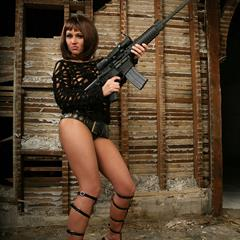 Mariela Henderson Stephy C actiongirls rifle solo babe gun