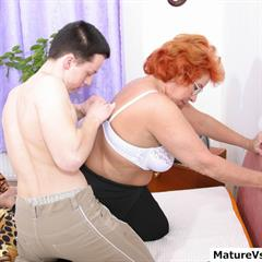MILF and young maturevsyoung wedding ring hardcore redhead glasses cumshot dacash mature ugly
