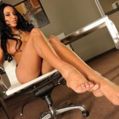Anissa Kate footsiebabes high arched exquisite girlscv trimmed shaved soles heels leggy
