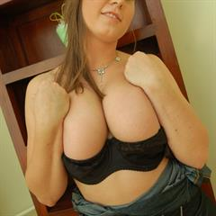 Milena big tits chubby curves busty babe solo