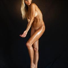 Rhona Mitra Nude Vid