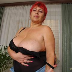 only-bigmelons big tits floppy mature bigmelons only