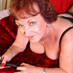 auntjudys mature over30 over50 gilf