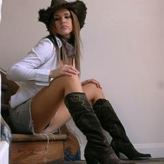 erosberry girlfolio brunette hangers chubby stairs busty boots hat garment