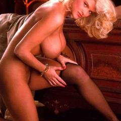 Anna Nicole Smith freeadultarchives platinum blonde pink lingerie celebrity mixed set big tits playmate playboy celeb