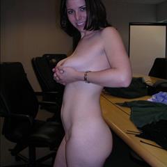 Amateur brunette butter bra and panties