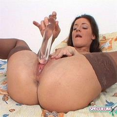 speculumplays speculum pissing peehole shaved mature pussy gyno pee