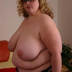 bbwhunter n1toons glasses floppy saggy SSBBW solo fat BBW
