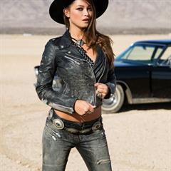 Chelsie Aryn vintage car thesexbomb Cowboy hat brunette leather outdoor playboy cowgirl mp-horn