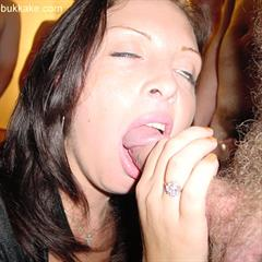 Rachel Cum Queen stickyballz uk-bukkake murakami brunette blowjob cumshot facial group