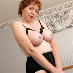 corsetpix redhead mature shaved 146