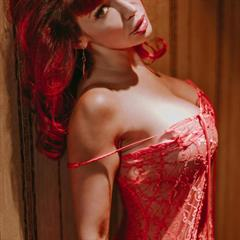 Bianca Beauchamp erocurves huge tits big hangers redhead curves shaved busty