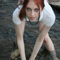 Liz Vicious Pasty White ourfreegalleries seethrough wet shirt outdoor shaved water river goth