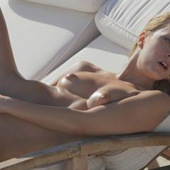 Vivien Piaf Angelica Beatrice UHQ VHQ subirporno Naked Hot Sun in the Blue Angel small tits