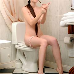 Emily Bloom nudecollect ukrainian coin slot brunette ponytail bathroom russian met-art