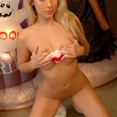 Paris totally shaved PlayWithParis tennis shoes hothotties halloween costume upskirt blonde