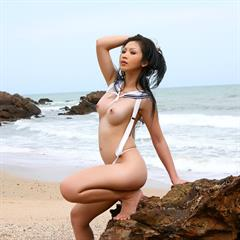 Lin Si Yee The Black Alley javplanet outdoor asian outside