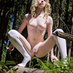 Violetta Nika D totally shaved subirporno knee high coin slot imagefap fingered outdoor blonde