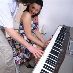 Kate freeincestsites stinky finger stockings creampie hardcore piano sport anal cum in pussy