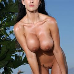 and shaved tall tan Brunette