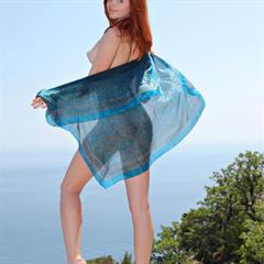 Sindi B over the shoulder green eyes kindgirls redhead outdoor nipples met-art shaved