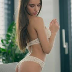 Carolina Quito Gloria Sol Penelope Y perfect breasts body ass all natural green eyes erocurves ukrainian